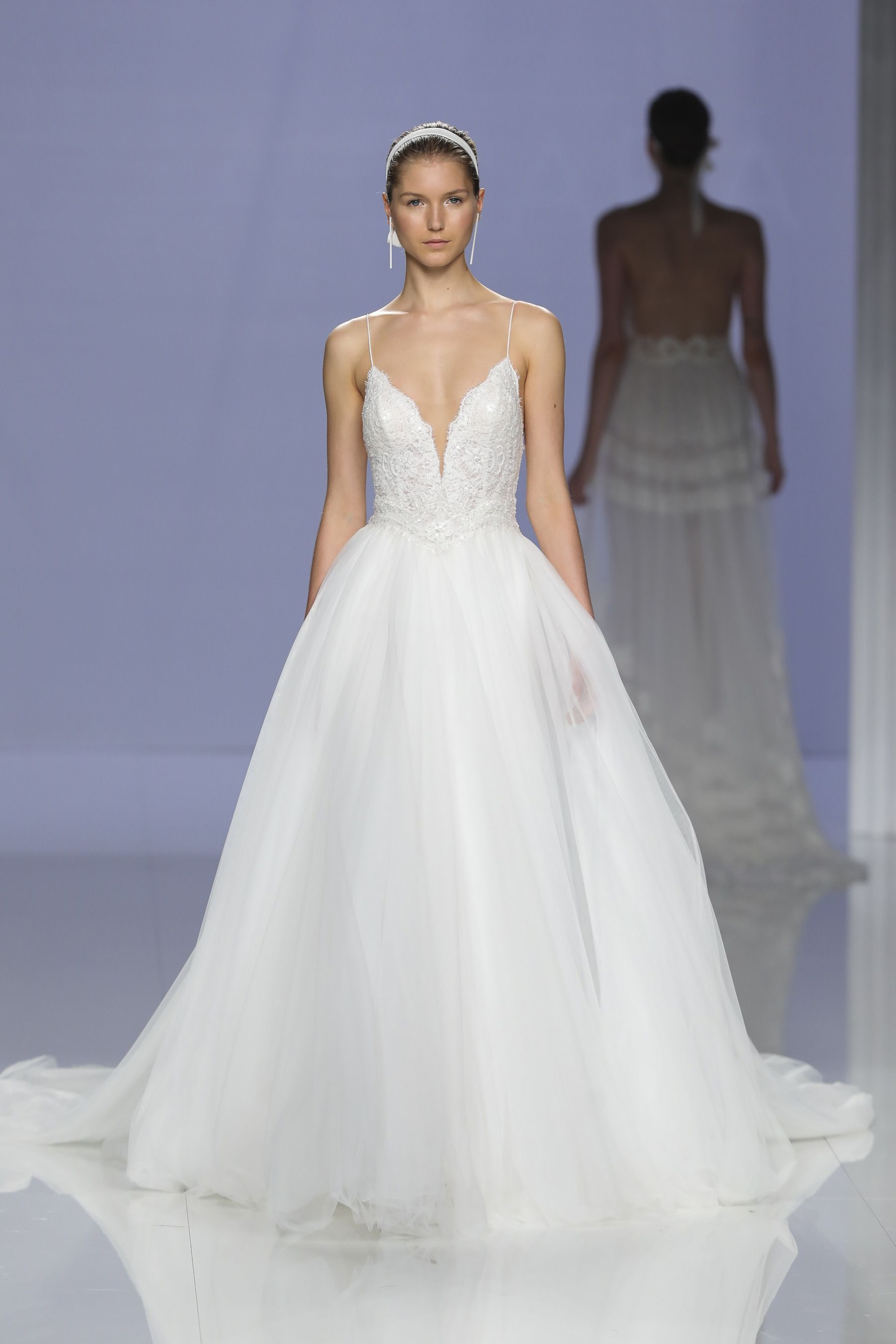 Rosa clara spring bridal fashion show the impression