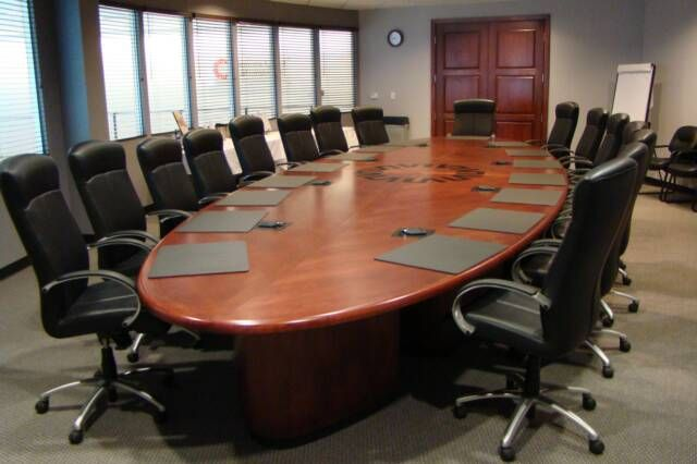 How to Choose the Right Conference Room Table and Chairs | Office ...
