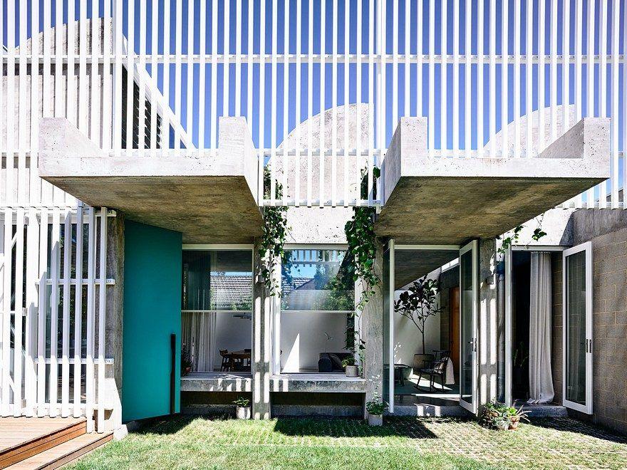 Moving House / Architects EAT