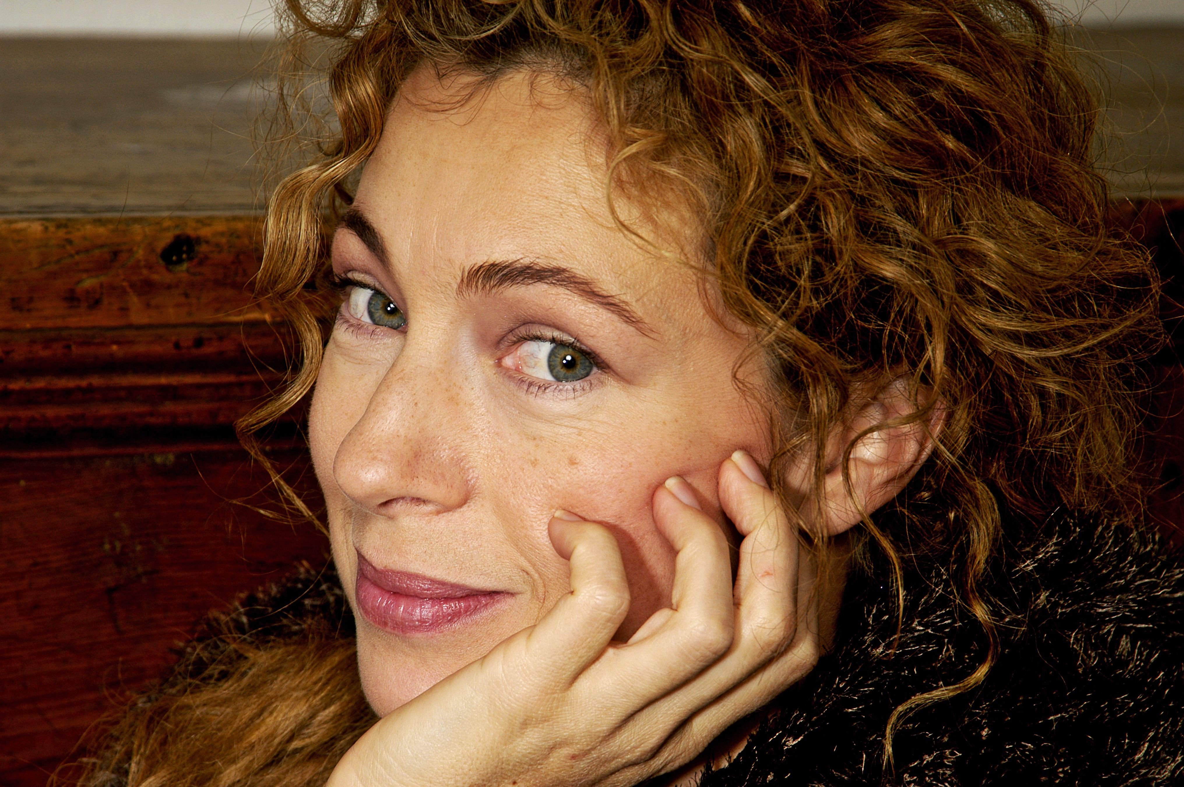 Alex Kingston (born 1963) nudes (47 foto and video), Pussy, Fappening, Boobs, bra 2015