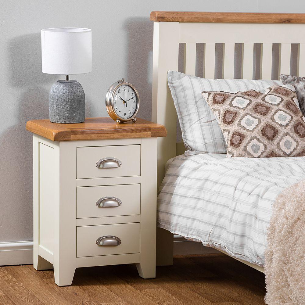 Hampshire Ivory Painted Oak Large 3 Drawer Bedside Table White Bedroom Set Ivory Bedroom Furniture Ivory Bedroom