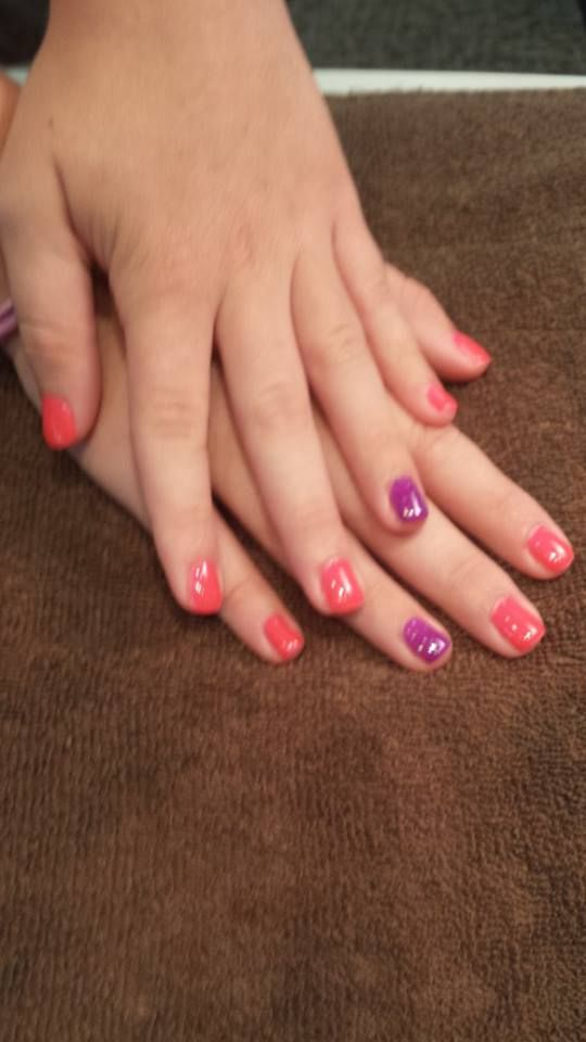 Pretty Shellac Nails: Pretty In Pink Shellac Nails With Purple Shellac Accent