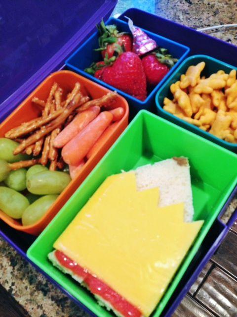 #backtoschool Bento Box lunch | repinned by an #Reiseagentur für Kita- und Klassenfahrten from #Berlin / #Germany - www.altai-adventure.de | Follow us on www.facebook.com/AltaiAdventure#!/AltaiAdventure