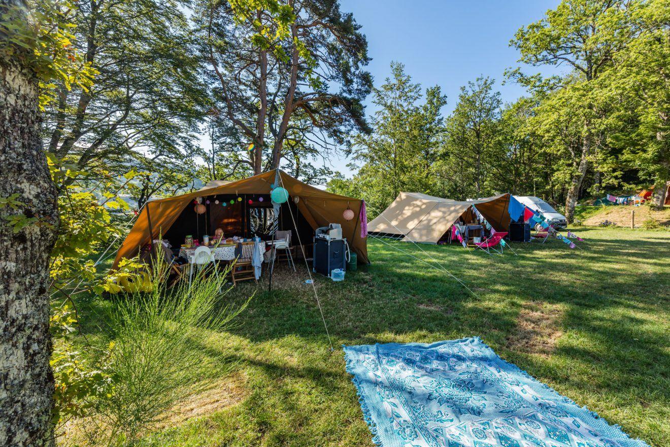 Camping Le Plo Rustige Familiecamping In De Haut Languedoc In 2020 Vakantie Reizen Door Europa Familiecamping