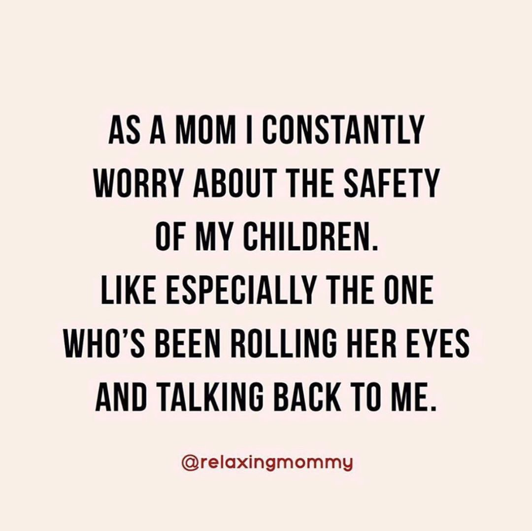 Pin By Samantha Davidson On Need 2 Laugh Funny Mom Quotes Mom Life Quotes Mom Humor