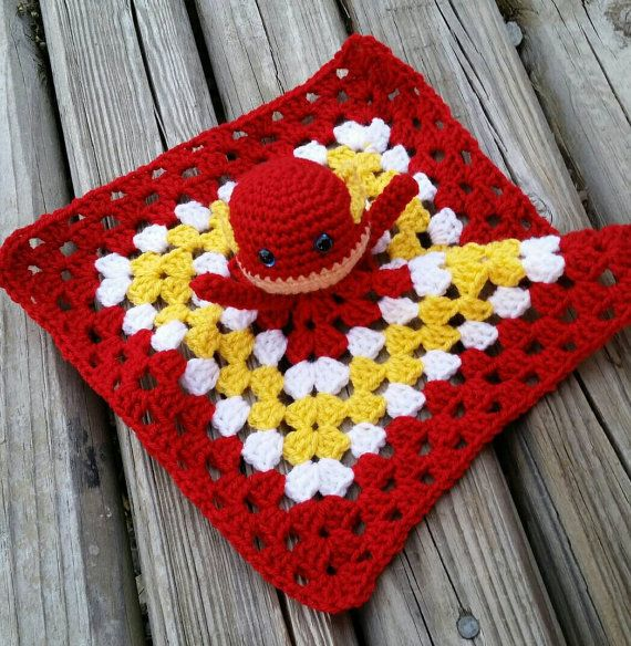 security blanket dc comics Flash super hero  yarn doll crochet lovey