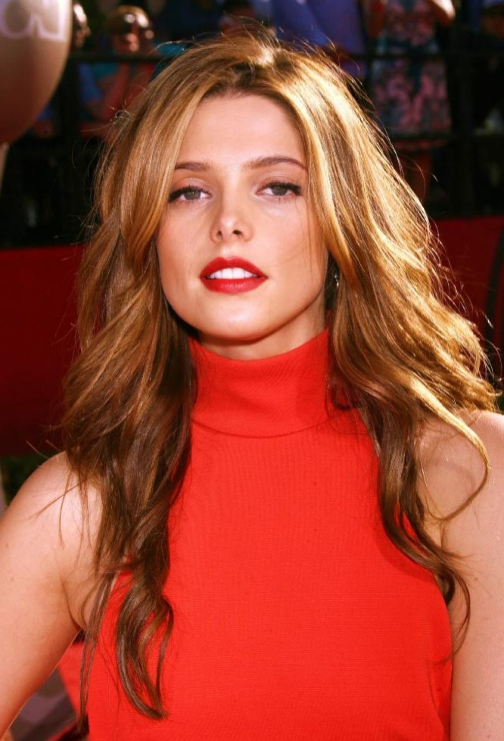 Light Brown Hair With Copper Highlights Google Search Blonde Highlights Latest Celebrity