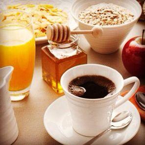 Café da manhã... Www.carlafalconi.com.br