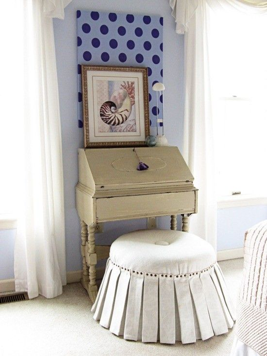 How To Make an Ottoman - Round, Square, Tufted + Storage ...