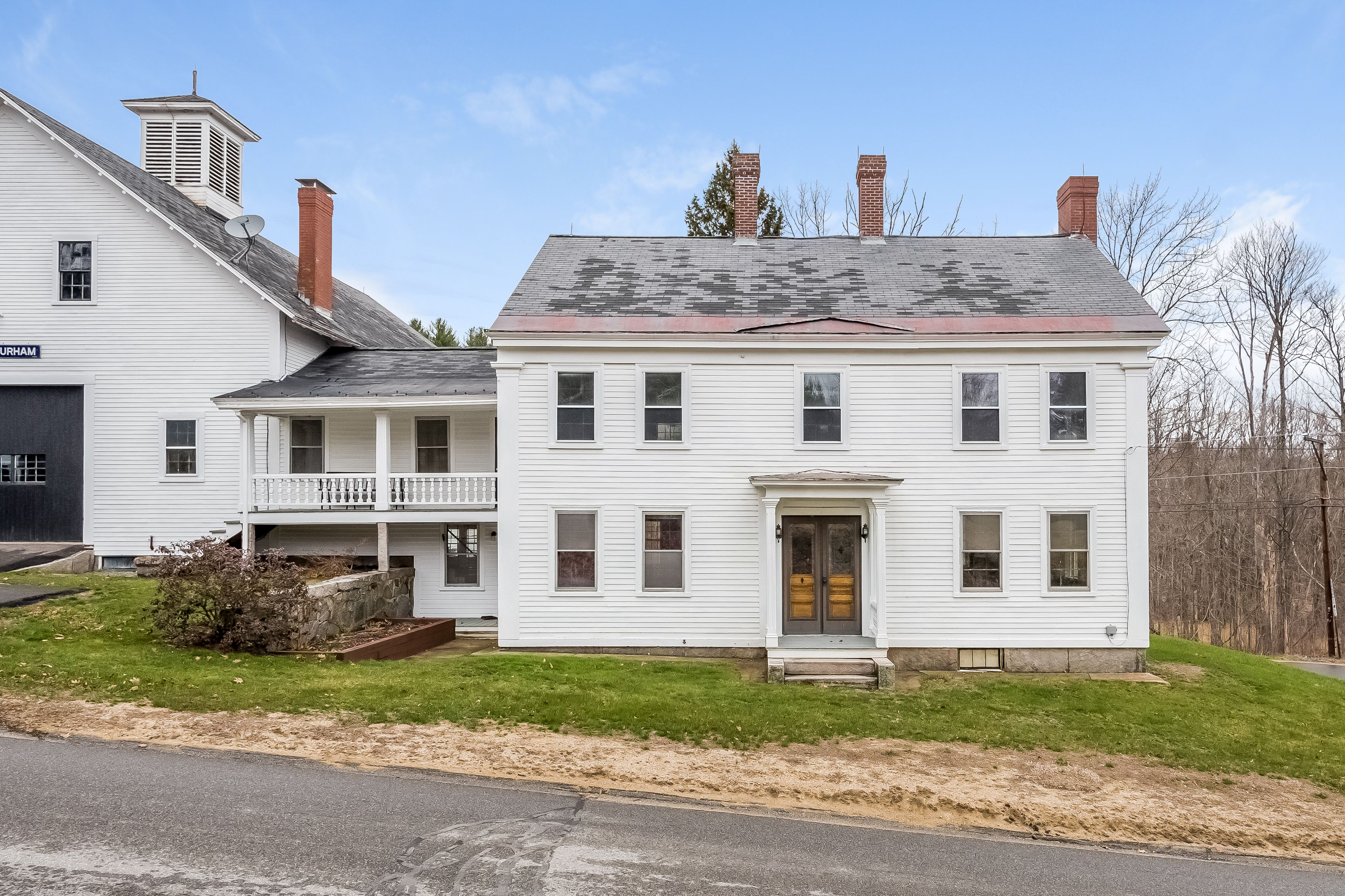 222 Old Bay Road New Durham Nh Real Estate Mls 4482776 Adam Dow Old Houses Old Bay Beautiful Yards