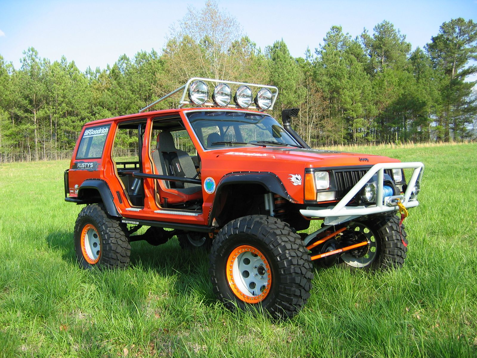 The Shop Rigs Of Rusty S Off Road Products Lift Kits Jeep Cars Performance Parts