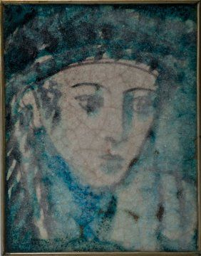 Fliese 'Kopf', 1927  	      	                  Max Laeuger, Karlsruhe. 'Head' tile, 1927. 28.8 x 21.6 cm. Ceramic, glazed in purple on white. Turquoise glaze, clear craze. Marked: M. L. 1927
