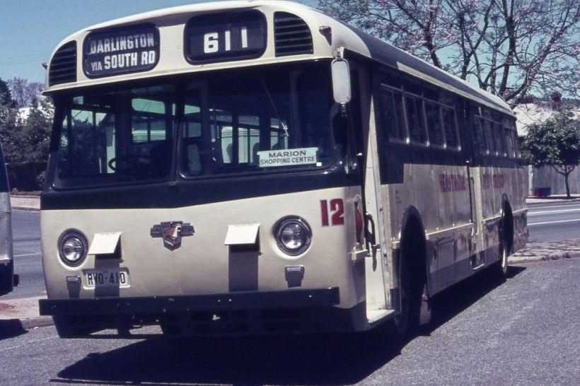 Henstridge bus service  12 Leyland Worldmaster RVO-410 (ex MTT 856).jpg (153.81 KiB) Viewed 3010 times