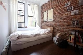 New York Brick Studio Apartments