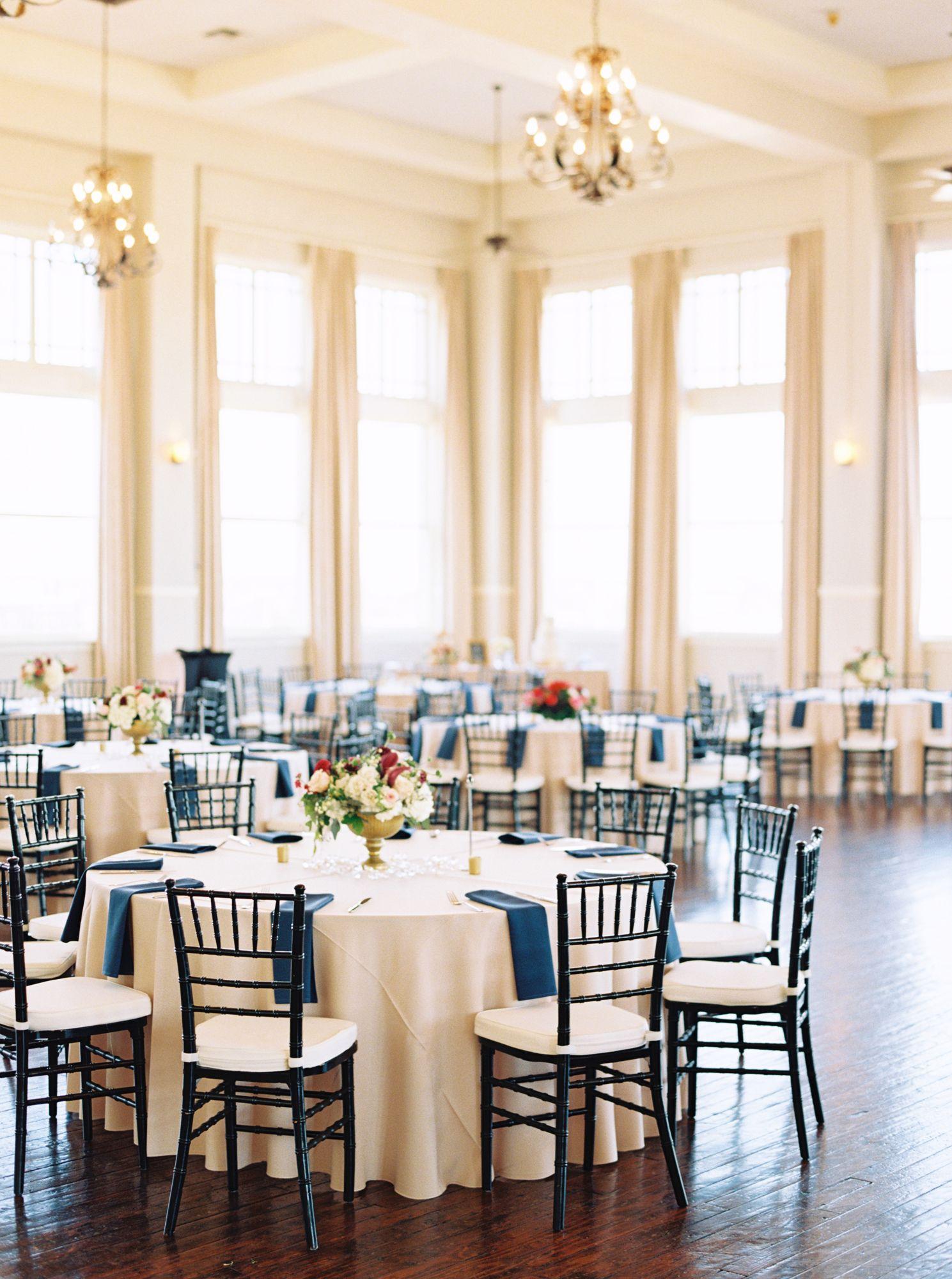 Classic Elegant Fall Dallas Wedding Wedding Venues Texas
