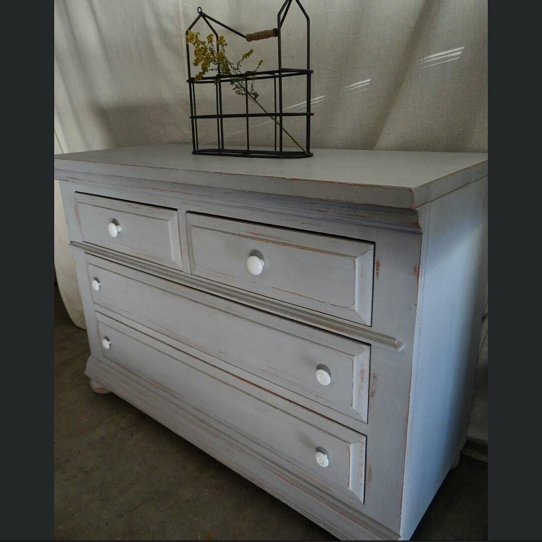 "44"" x 31"" x 18"" Redheadrestoration@yahoo.com #distressedfurniture #paintedfurniture #upcycledfurniture #refurbishedfurniture #reclaimedfurniture  #beautiful #vintagefurniture #rusticfurniture #chalkpaint #ecofriendly #recycled  #follow #home #shabbychicfurniture #furnitureflip #homedecor #interiordesign #losangeles #malibu #California #redheadrestorationforsale"