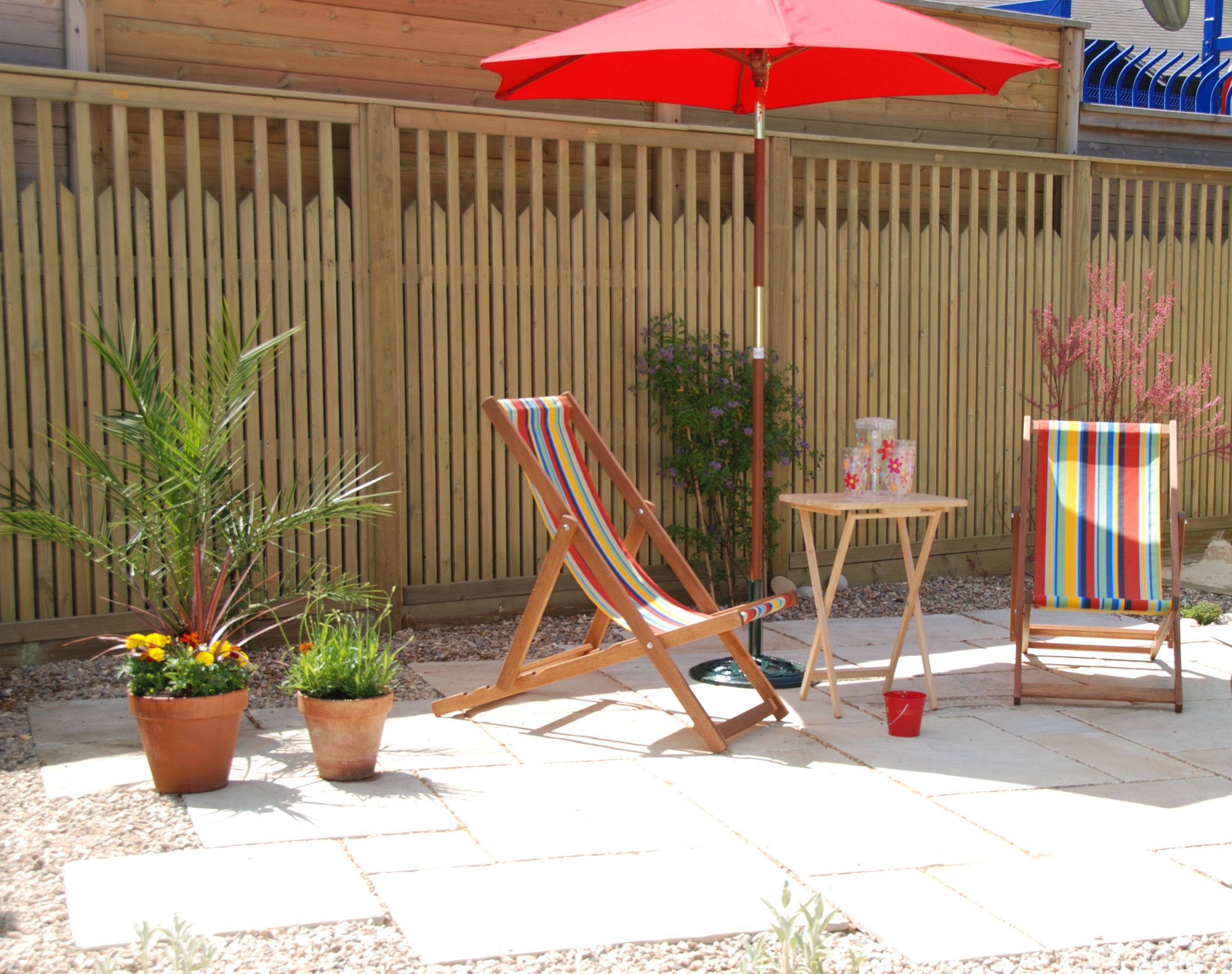 The Seaside Show Garden featuring Jacksons Paliframe. Inspiration ...