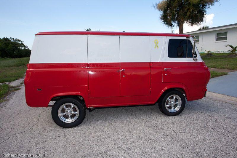 Us 3 950 00 1966 Ford E Series Van 100 Custom Vans Van Cool Vans
