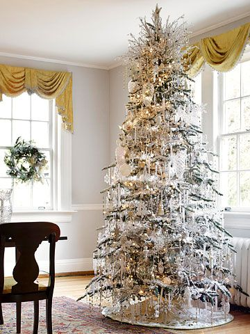 These Easy Homemade Christmas Decorations Will Make Your Home Merry And Bright Creative Christmas Trees Christmas Tree Pictures Silver Holiday Decor