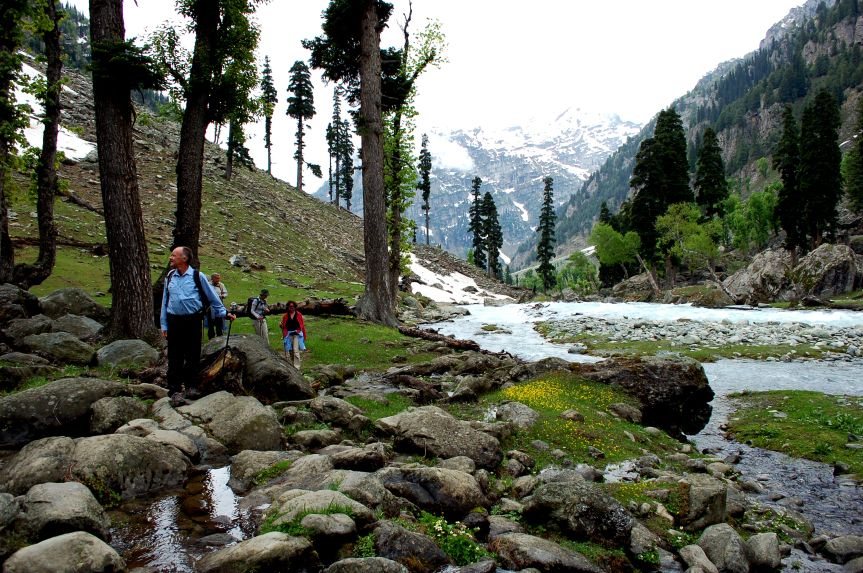 Trekking in Pahalgam Discovered 95 km from Srinagar Pahalgam, known as the 'Valley of Shepherds', is a well known slant station in Jammu and Kashmir where numerous motion pictures have …