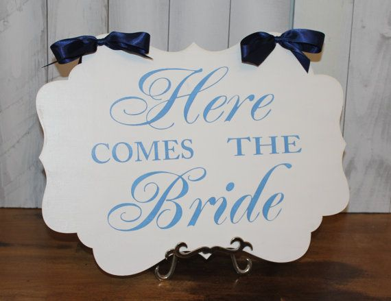 Wedding Sign/Here Comes the BRIDE /scallop by gingerbreadromantic