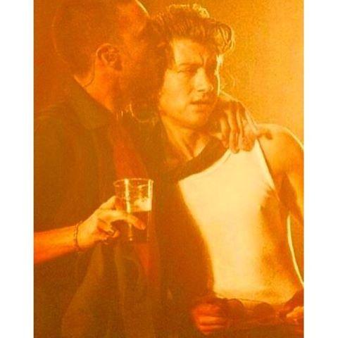 onemorecupof.coffee/2016/10/09 03:15:37/#thelastshadowpuppets #milex #alexturner #mileskane #tlsp #everythingyouvecometoexpect #eycte #eycteera #music #cute #boyfriends #orange #band #arcticmonkeys #kiss #love #vinyls #vintage #gayships