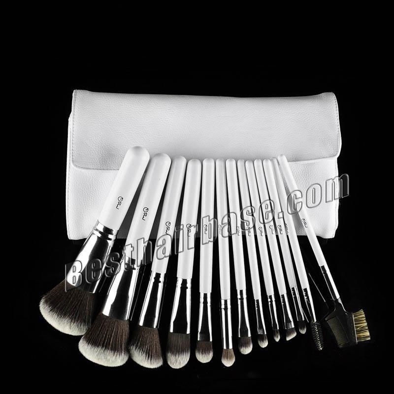 13 Pcs White Professional Artificial Fibre Brush Set 13 Pcs Brush Set Included: Blush Brush x 2 Foundation Brush x 1 Contour Brush x 1 Blooming Brush x 1 Eye Shadow Brush x 3 Eyebrow Brush x 2 Lip Brush x 1 Concealer Brush x 1 Eyelash Brush x 1