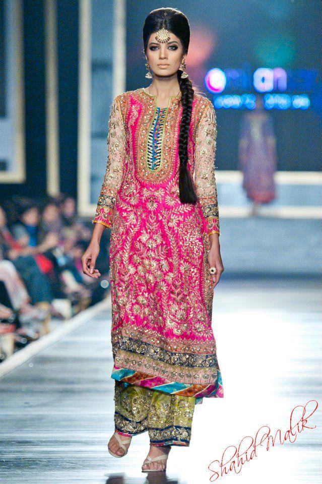 Nomi Ansari Kameez #NomiAnsari #PakFashion #DesiFashion @CremeDeModa ...
