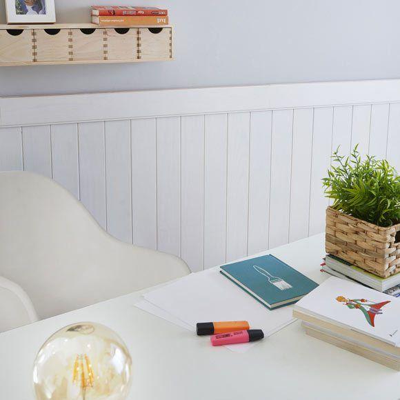 Ideas geniales para decorar las paredes con un friso de for Friso madera blanco