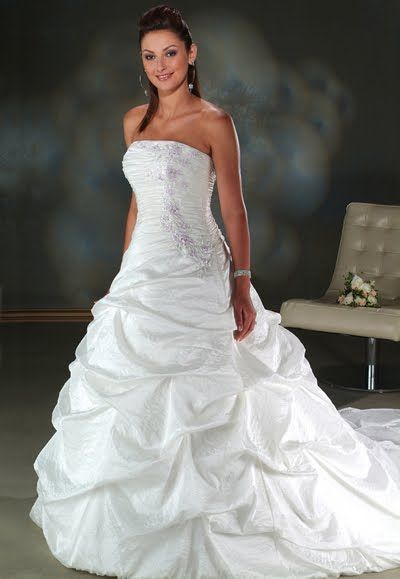 Discover The Bonny 722 Bridal Gown Find Exceptional Gowns At Wedding Pe