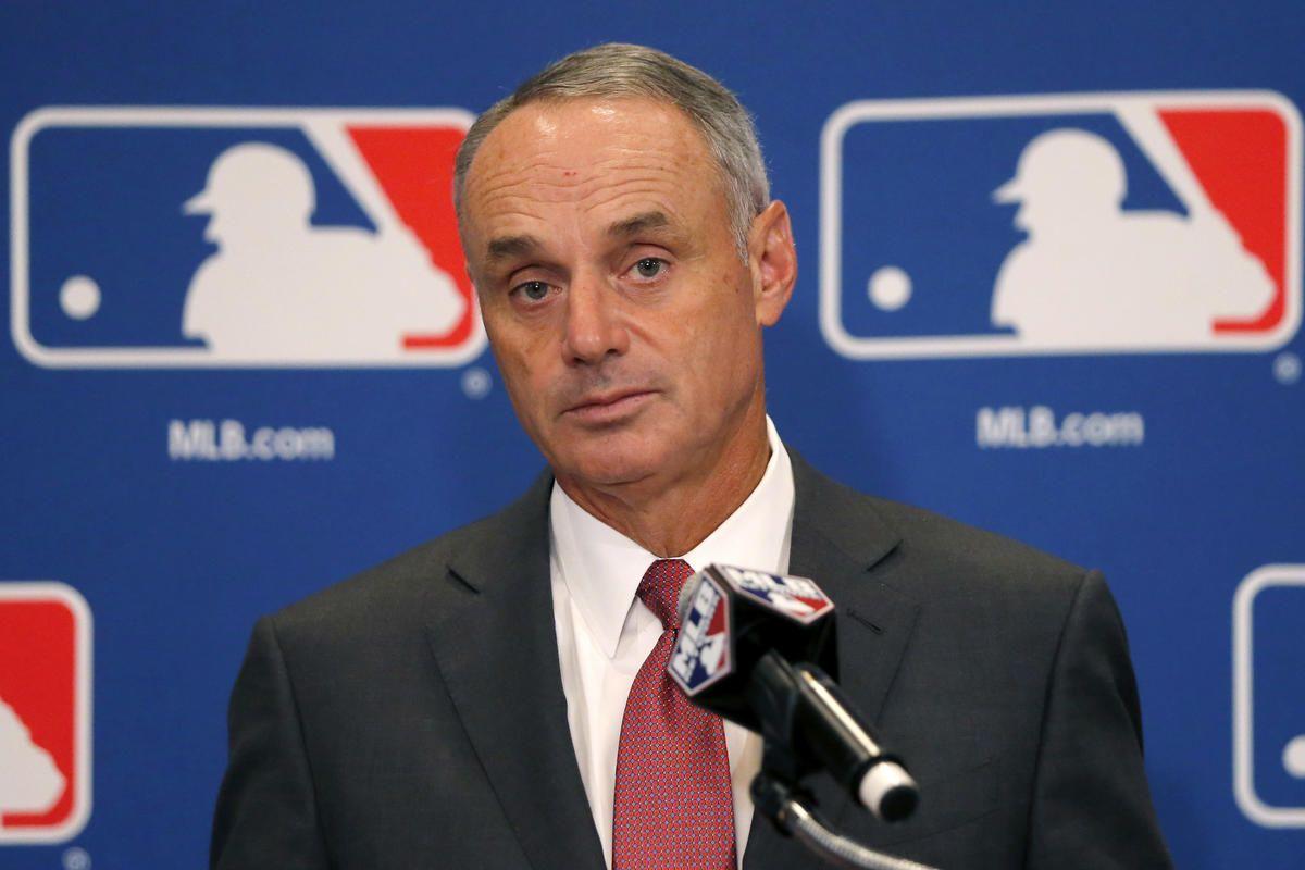 Mlb Commissioner Rob Manfred Says Casinos Can T Free Ride On Baseball Casino Mlb Baseball
