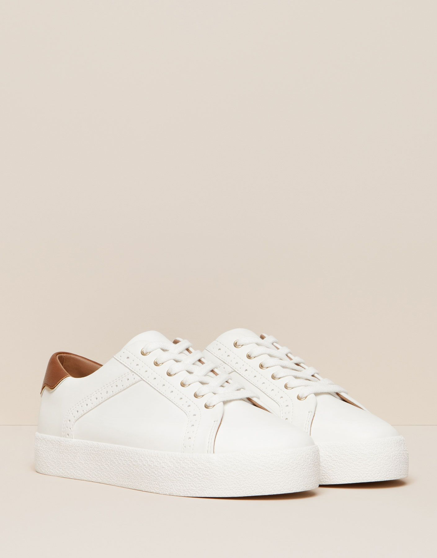 BLOCK PLIMSOLLS WITH PINKING DETAIL - New products - NEW PRODUCTS - PULL&BEAR Romania