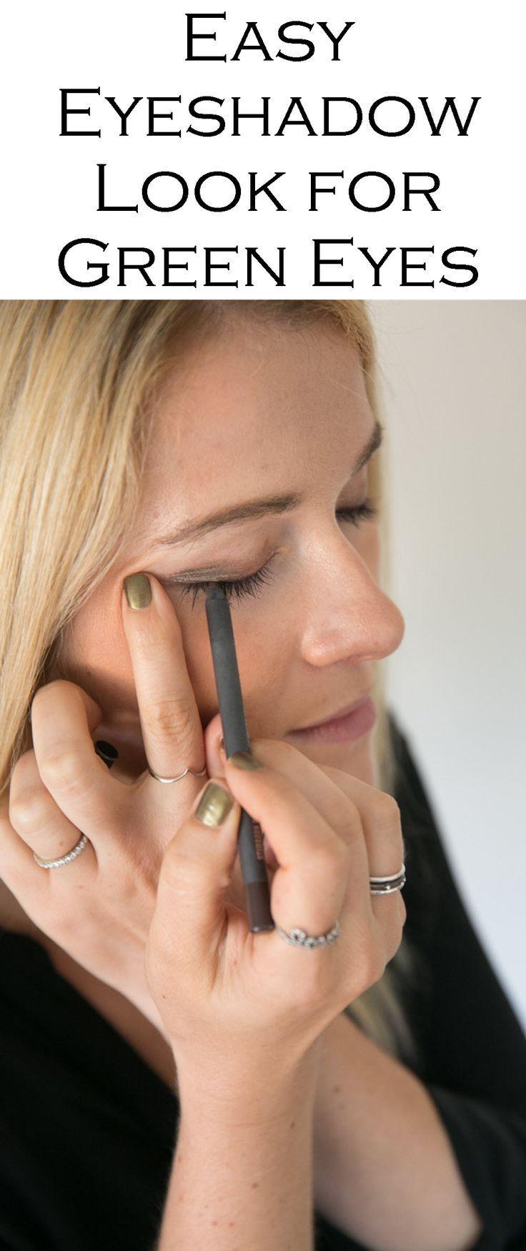 Easy Eyeshadow Look for Green Eyes Best pencil eyeliner