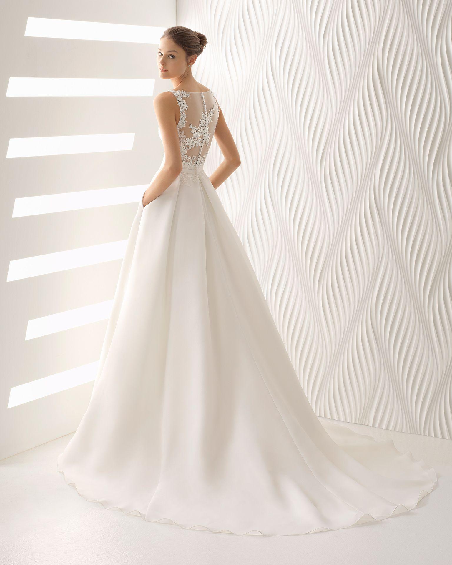 Antoinerosaclarag wedding dress