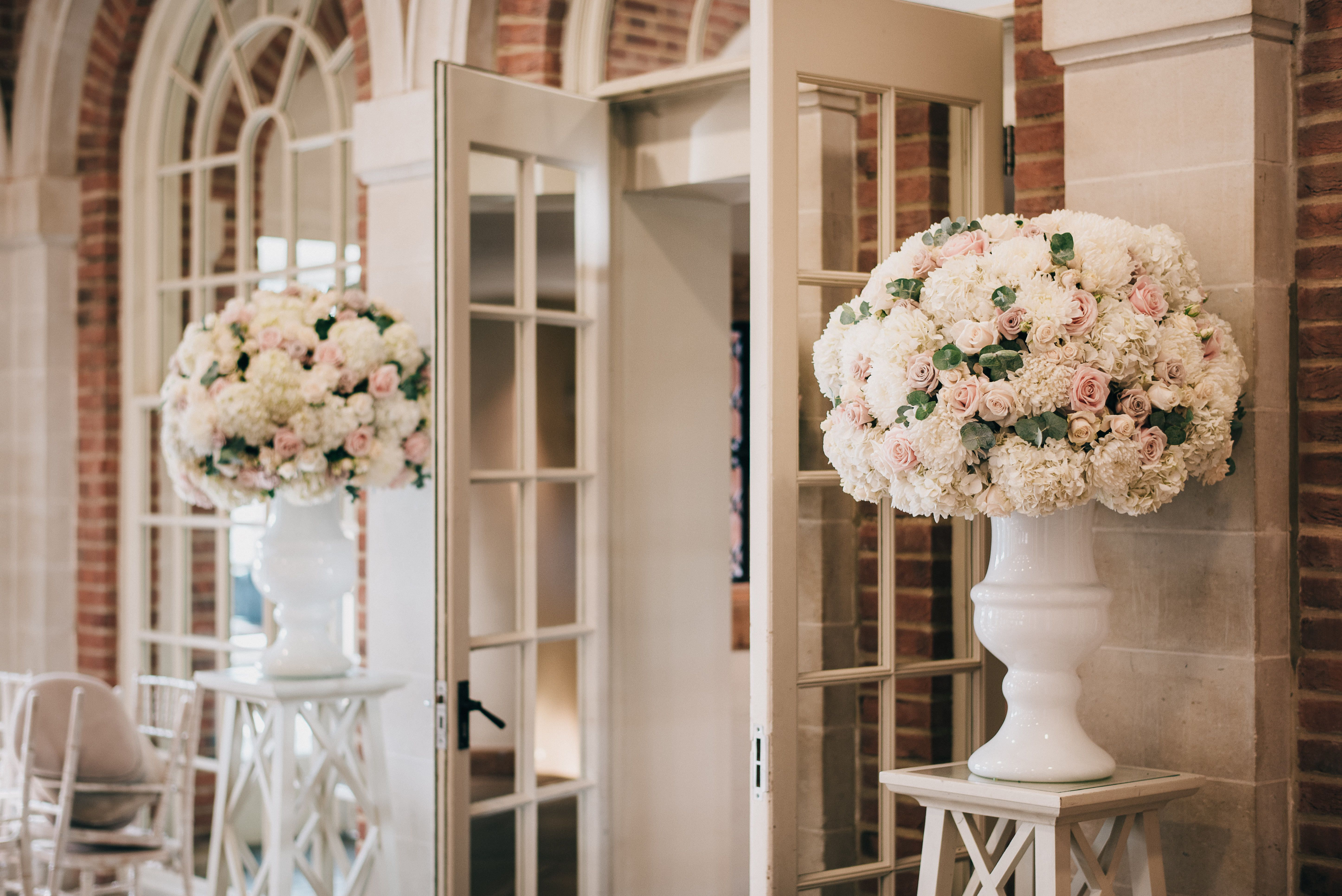 Dusky Pink And Ivory Flowers Surrey Wedding By Boutique Blooms Floral Design