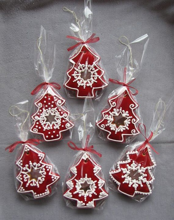 Decorating ~~ gingerbread cookies! Ginger Sweet Pinterest