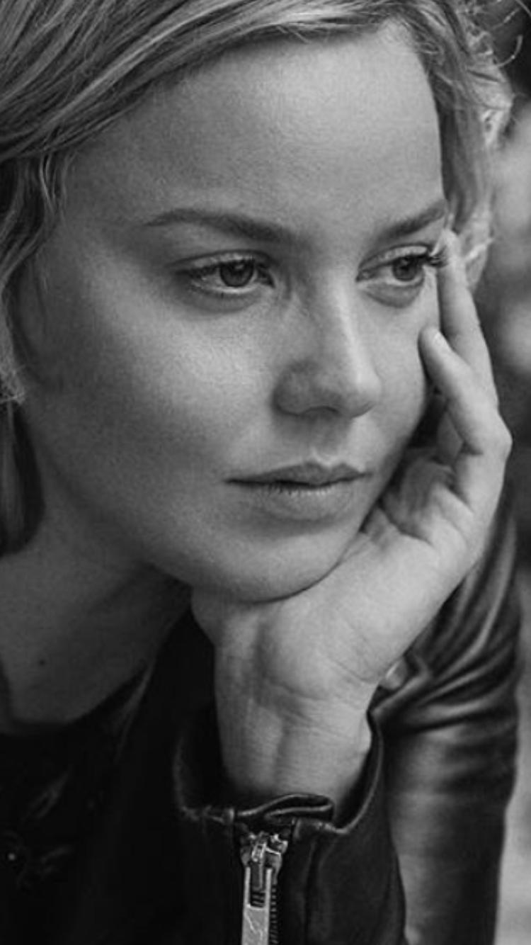 Andrea Osvárt Sexy pinbeauties and more #1 on w andrea osvart + anna friel