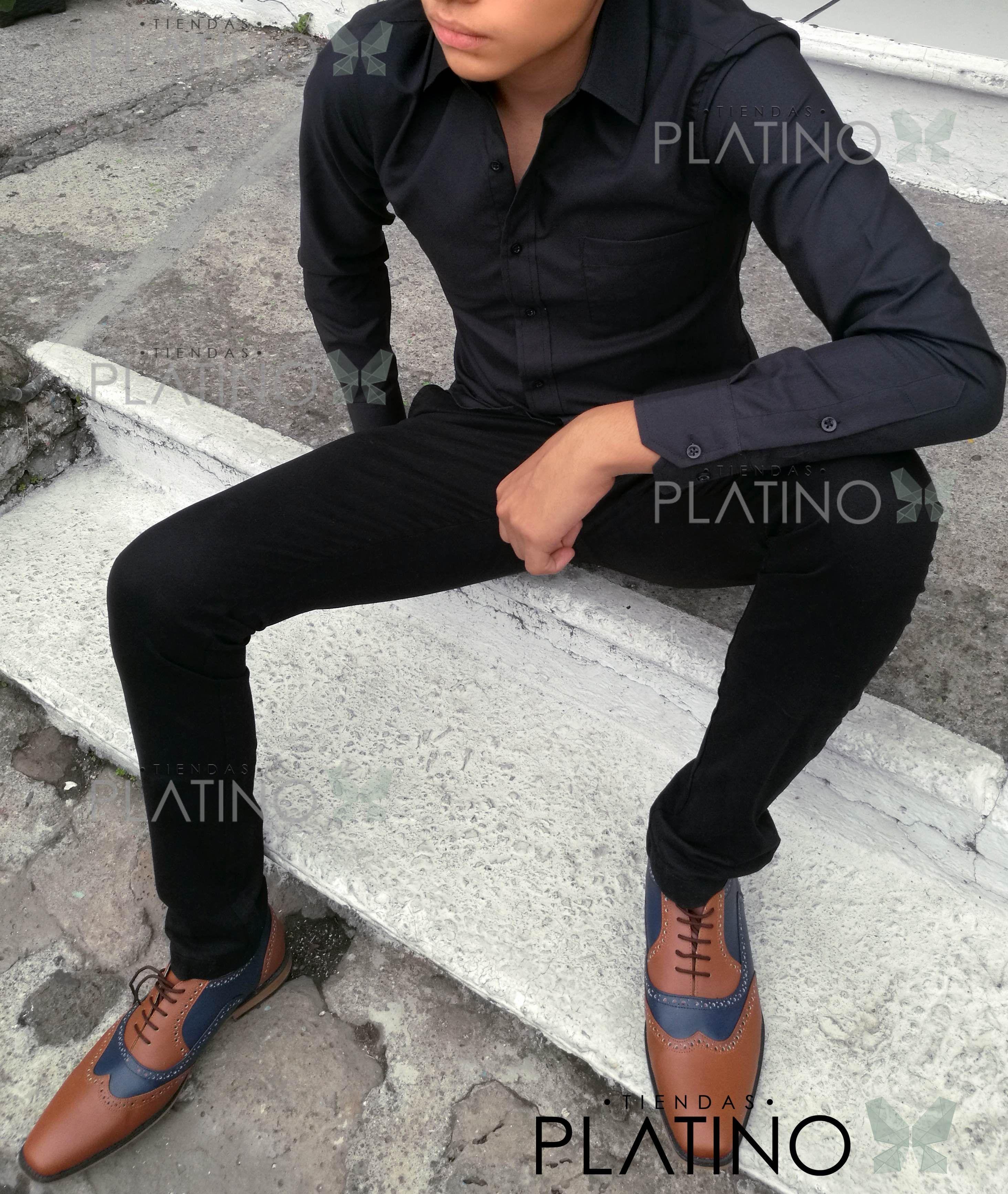 Camisa formal negra y pantalon negro 5300f605b6f4