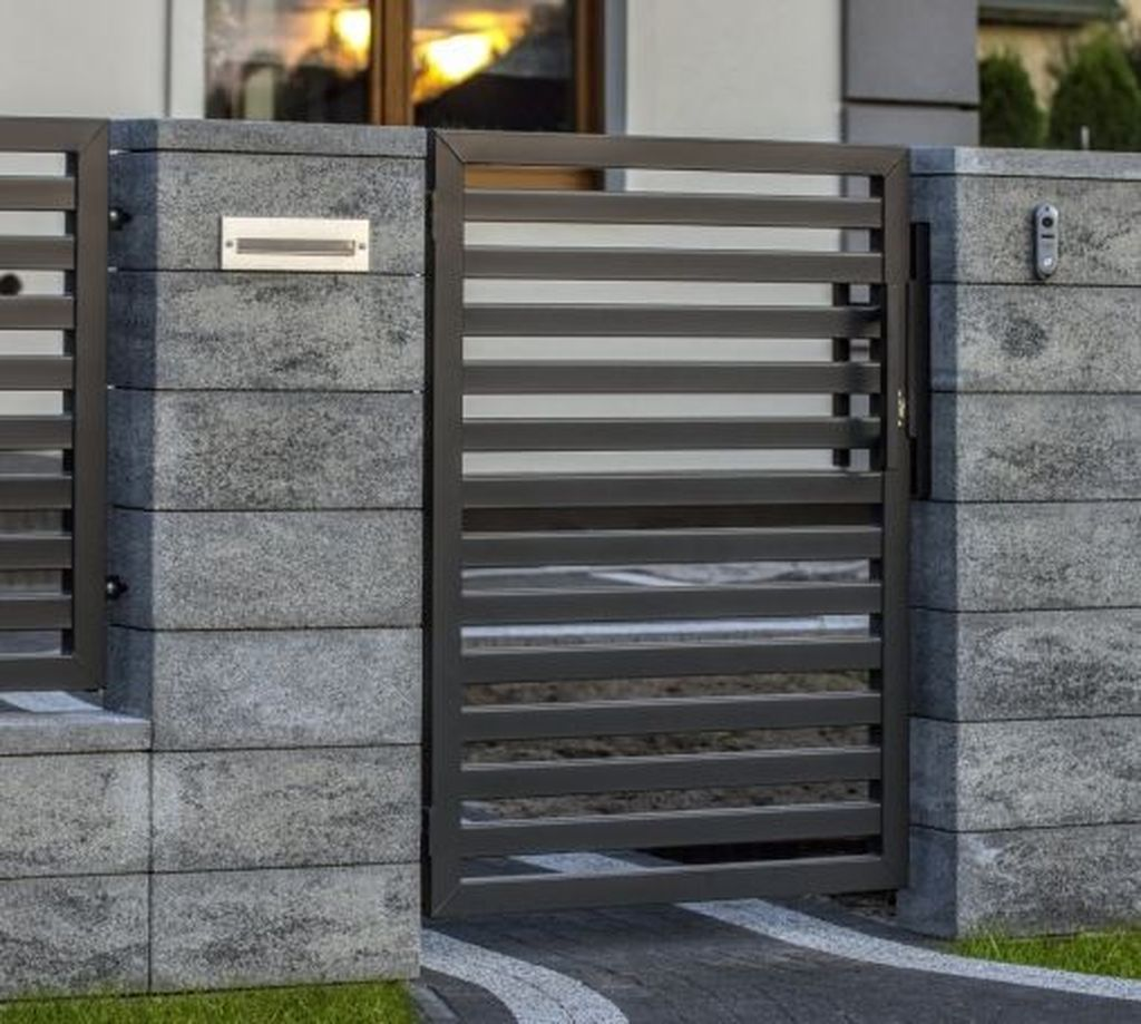 35 Fabulous Modern Fence Design Ideas Best For Your Privacy In 2020 Modern Fence Design Gate Wall Design Fence Design