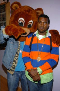 Kanye West Will Receive Honorary Doctorate From Saic Kanye West Hip Hop Outfits Kanye