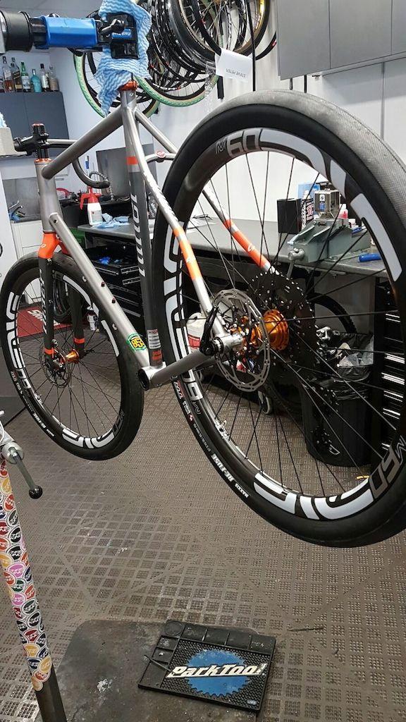 Pin de Hug Vazquez en NINER RLT9 SPECIAL BLEND | Pinterest | Bicicleta