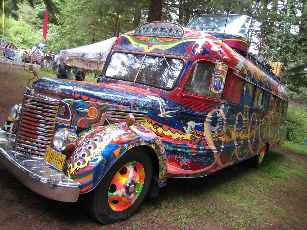 Hippie Buses Spray Painted School Bus Gotta 3 The Hippy Bus Fun Stuff