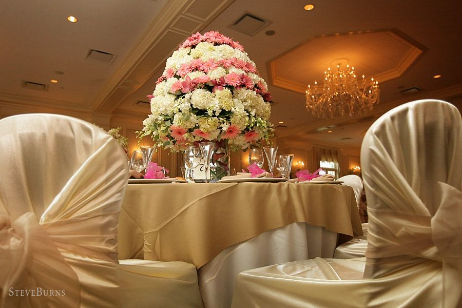 Decorated Tables 10 ways to add big city glam to your wedding reception wedding