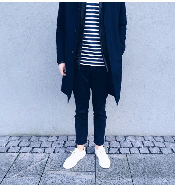 Clean Minimalist Scandinavian Outfit For Men Fredrik Risvik Wearing Norse Projects And Com Minimalist Fashion Men Minimalist Fashion Minimalist Fashion Casual