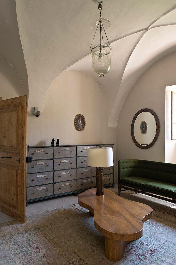 le monast re d 39 erwin wurm i mid century modern furniture style erwin wurm interior et. Black Bedroom Furniture Sets. Home Design Ideas