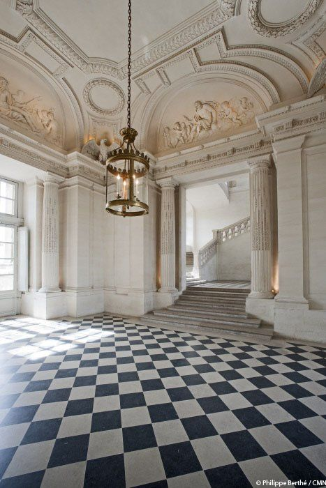 Ch teau de maisons between paris and versailles french - French interior design companies ...