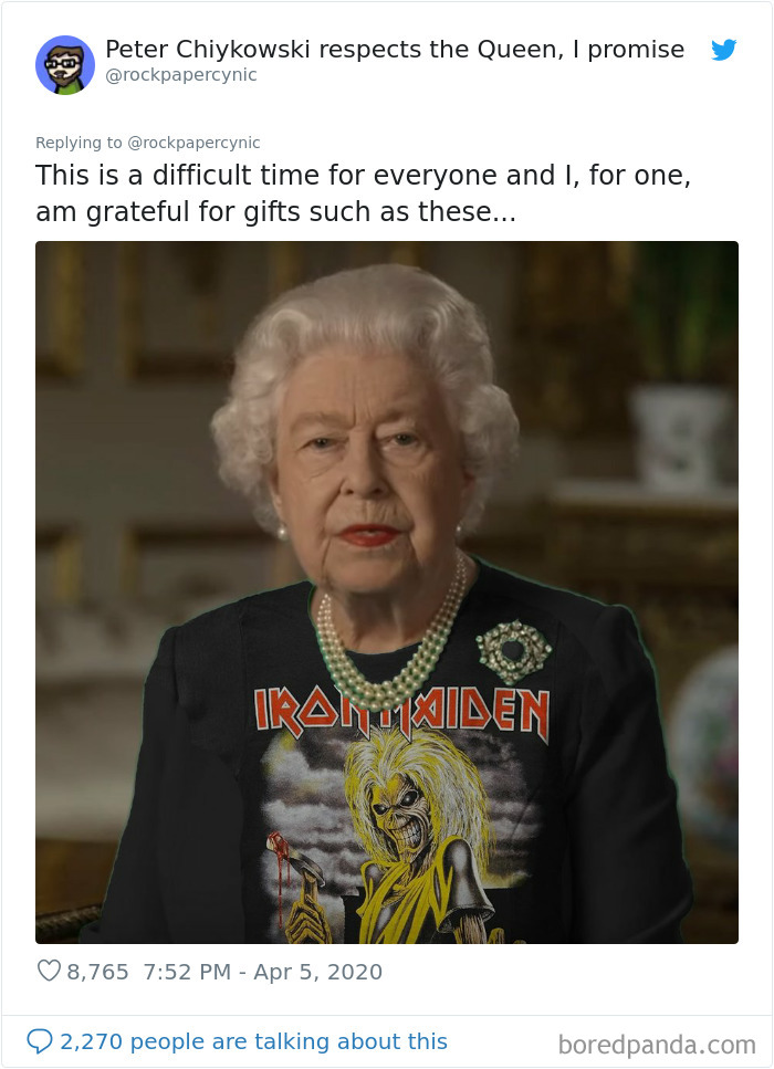 The Queen Of England Gives A Speech In A Green Dress And The Photoshoppers Know What To Do 35 Pics Queen Green Screen Green Dress Queen Hat