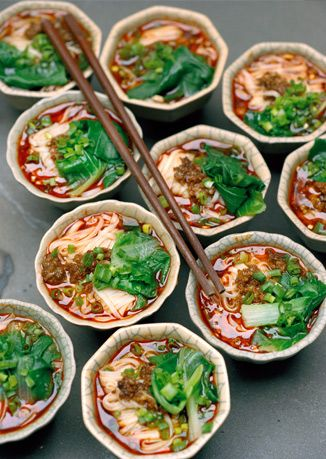 Jia Chang Mian Home Cooking Style Noodles At Yu S Family Kitchen Via Bonappetitmag 料理 中国料理