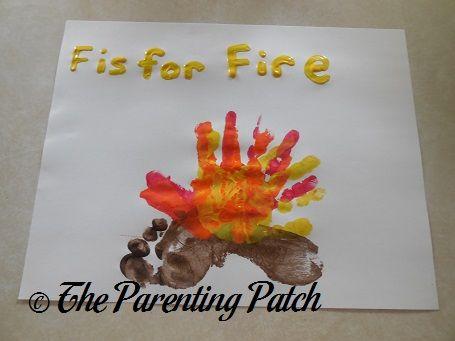 grote verscheidenheid aan modellen Los Angeles hier online F Is for Fire Handprint-Footprint Craft | Prints | Footprint ...