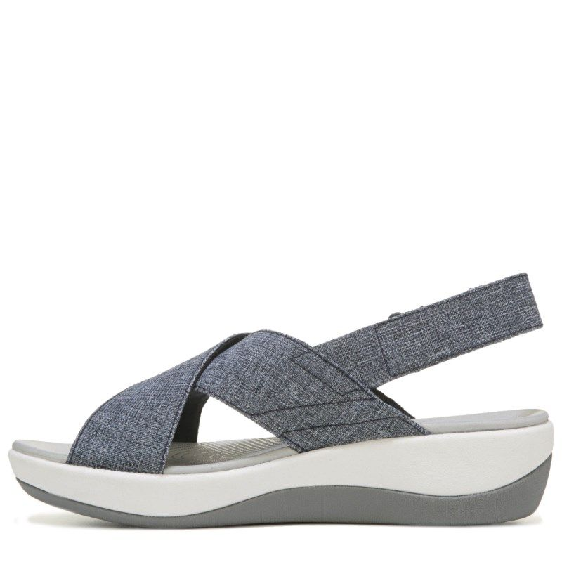 1fb6df29a07a Clarks Women s Arla Kaydin Sandals (Navy White) - 11.0 M